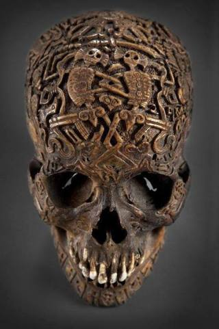 Skullofalaundoengravedrunesskull